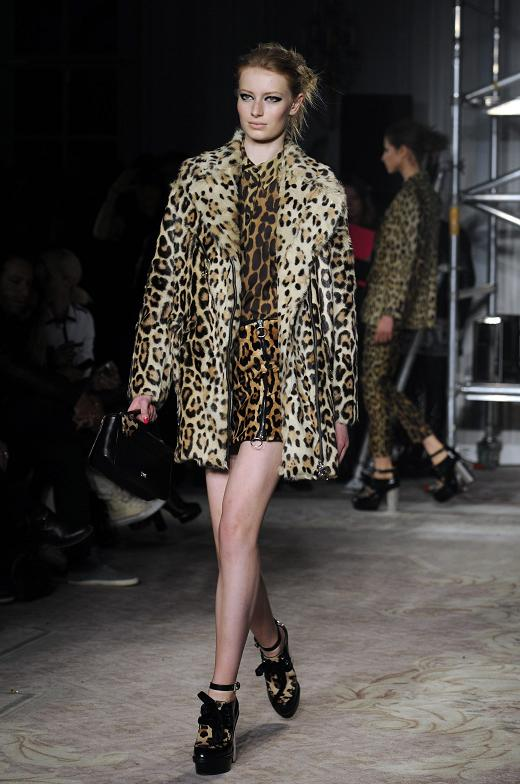 Leopard print total look London Fashion Week Fall Winter 2013