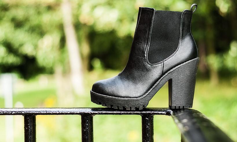 SpyLoveBuy Polevault boots