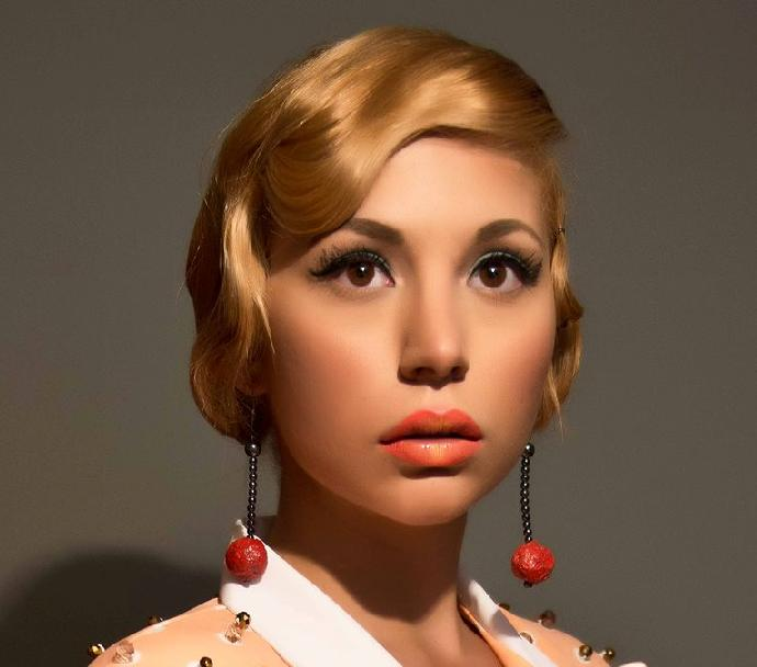 Autumn Vintage Style Makeup Closeup