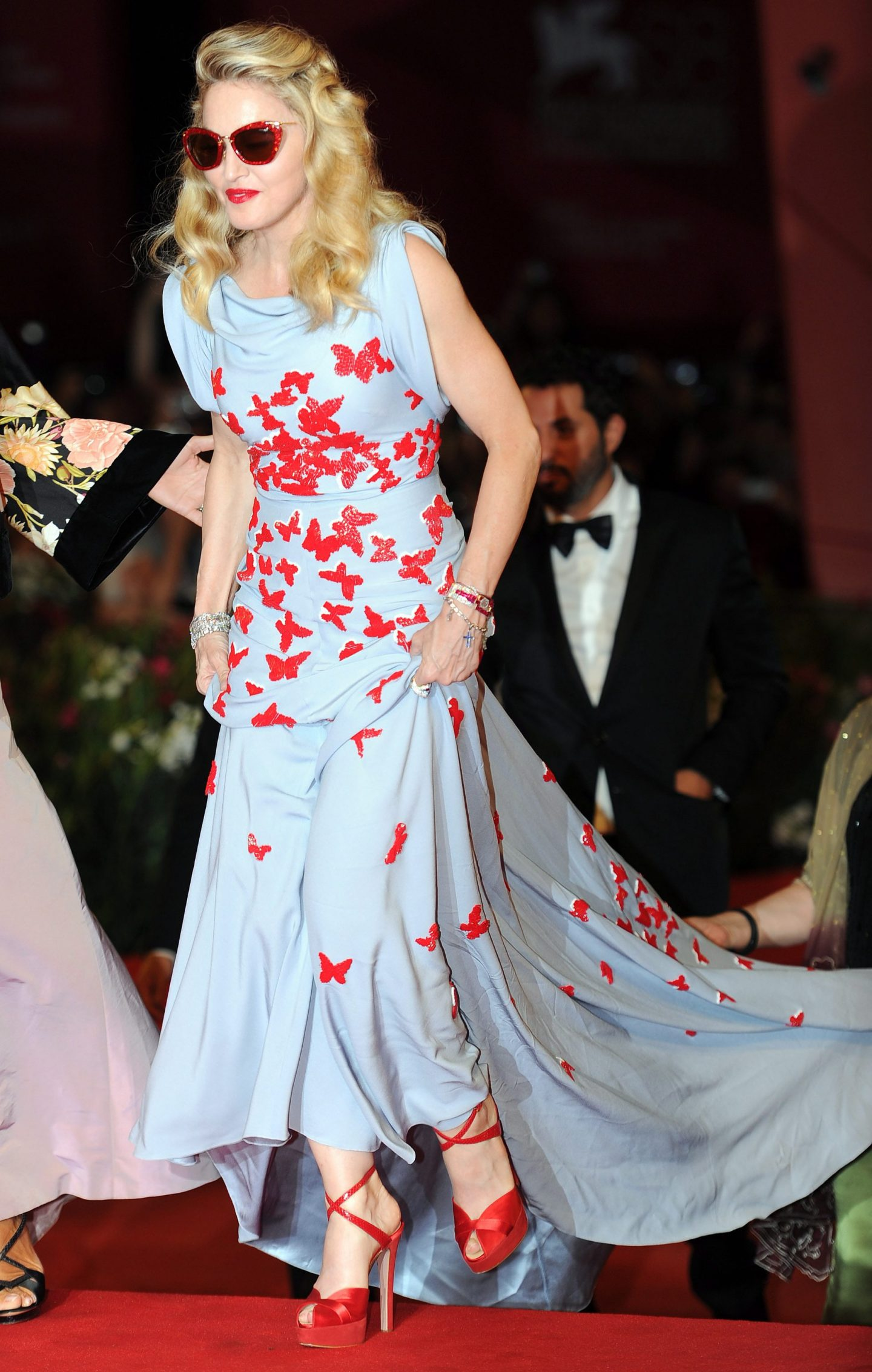 Madonna's awesome red carpet look in Venice
