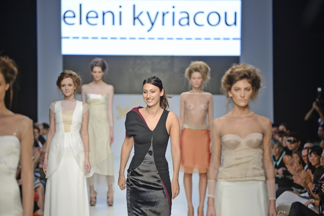 Eleni Kyriacou catwalk show at AXDW (video)