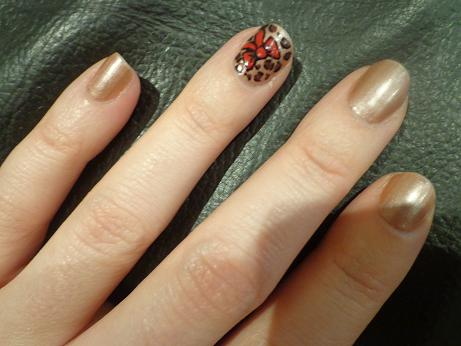 Nail Art; Leopard Print with a Bow
