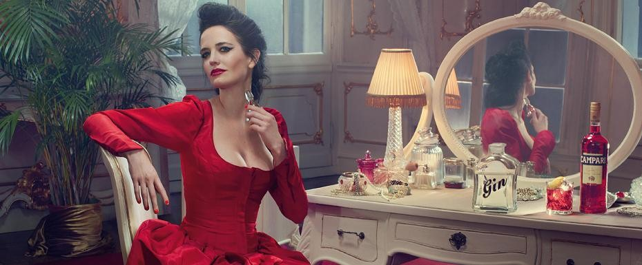 January Campari cocktail and outfit starring Eva Green